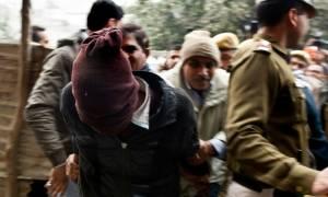 Ινδία: Ισόβια σε πέντε άνδρες για τον ομαδικό βιασμό τουρίστριας