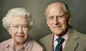 Πρίγκιπας Φίλιππος: Το πάθος με την Ελισάβετ και οι παροιμιώδεις γκάφες του