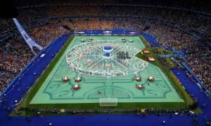 Euro 2016: Σκουπίδια, απεργίες και τρομοκρατία με φόντο τον πύργο του Άιφελ (pics)