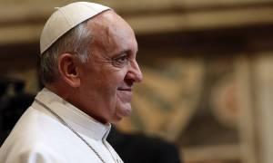 Σκληρή κριτική Φραγκίσκου σε καθολικούς ιερείς - «Καλύτερα κλείστε τους ναούς»
