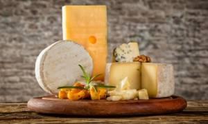 Η ουσία στο τυρί που το κάνει εξίσου εθιστικό με τα ναρκωτικά