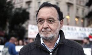 Λαφαζάνης: Η χώρα πνίγεται από ένα ξενόδουλο μνημονιακό σκηνικό