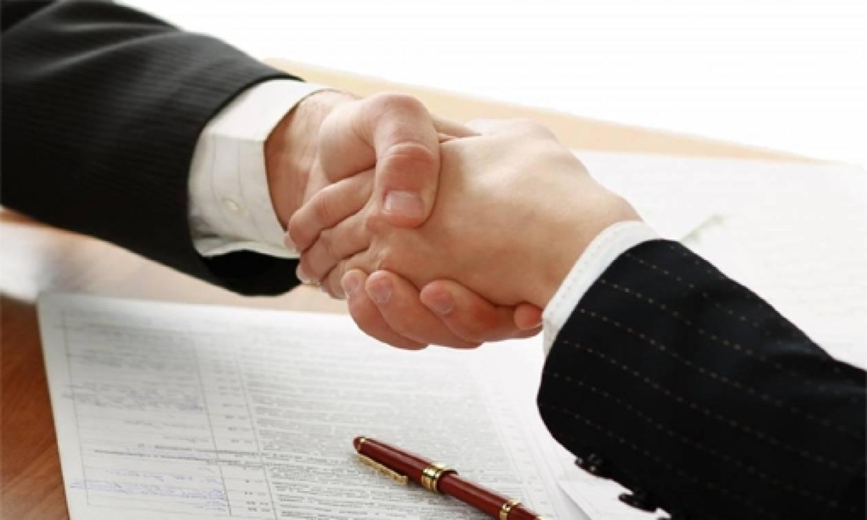 «Χοντρό παιχνίδι» της κυβέρνησης με τη Συλλογική Σύμβαση Εργασίας