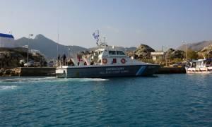 Κρήτη: Λήξη συναγερμού με το ακυβέρνητο πλοιάριο - Ιταλία θέλουν να φτάσουν οι μετανάστες