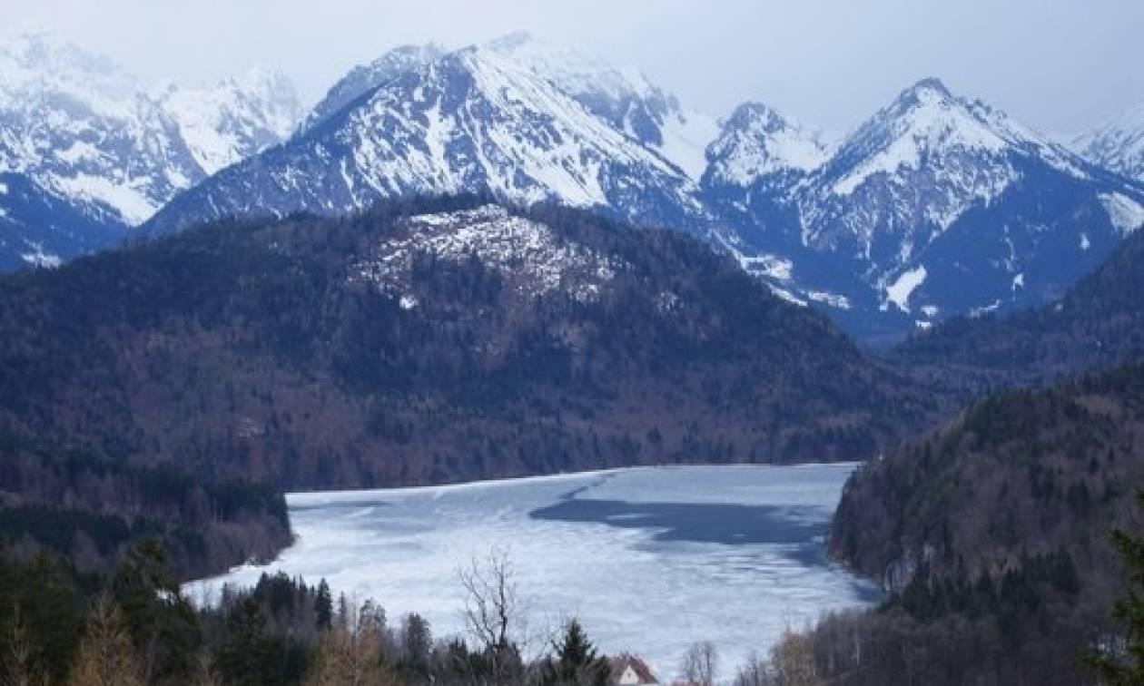Απίστευτο! Ξεναγός μέθυσε και εγκατέλειψε τους τουρίστες στις Άλπεις