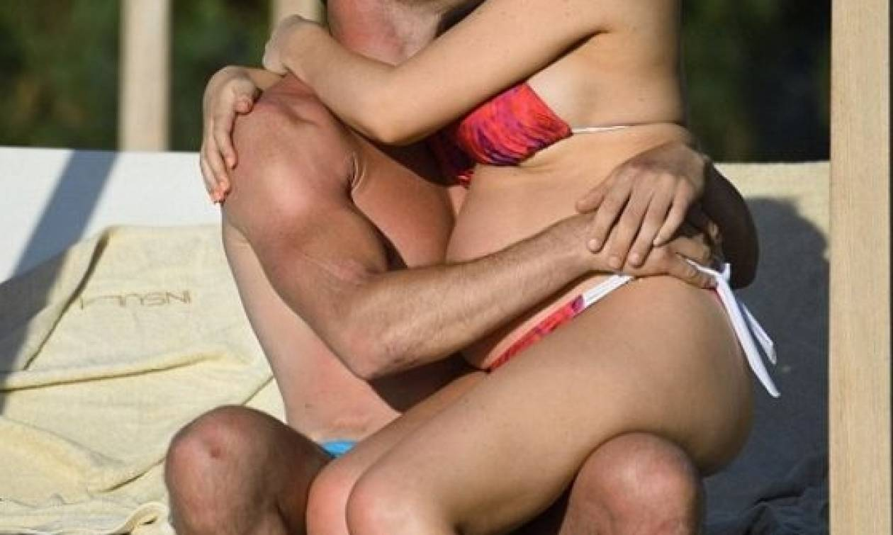 Με φουσκωμένη κοιλίτσα απολαμβάνει ολιγοήμερες διακοπές στην Κρήτη με τον σύντροφό της (εικόνες)