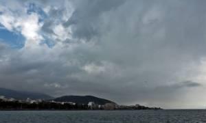 Καιρός: Έγινε συνήθεια… Με βροχές και καταιγίδες η Τρίτη (pics)
