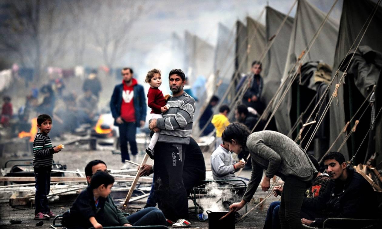 Σοκ: Πυροβόλησε προσφυγόπουλα σε καταυλισμό από το διαμέρισμά του!