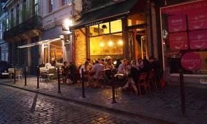 Euro 2016: Κλείνουν τα μπαρ για να προλάβουν επεισόδια μεταξύ οπαδών