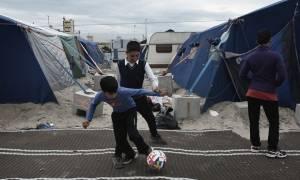 Unicef: «Κίνδυνοι σε κάθε βήμα» για 9 στα 10 παιδιά που έφθασαν ασυνόδευτα στην Ευρώπη μέσω Ιταλίας