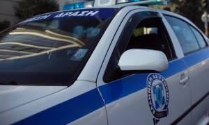 Τρόμος με ένοπλο μέρα – μεσημέρι στο Παγκράτι