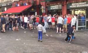 Euro 2016: Απαράδεκτοι Άγγλοι οπαδοί πετούν κέρματα σε παιδάκια-επαίτες (video)