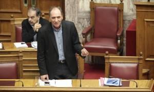 Νομοτεχνικές αλλαγές Σταθάκη λίγο πριν την ψήφιση του αναπτυξιακού νομοσχεδίου