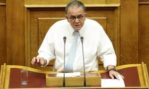 Χαμός στη Βουλή με την τροπολογία Μουζάλα για την υπηρεσία Ασύλου