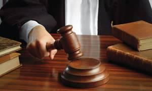 Δικαστές και εισαγγελείς κατά της κυβέρνησης για τα νέα μετρα