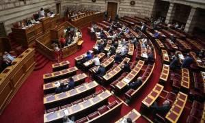 Εκλογικός νόμος: «Τυράκι» από τον Τσίπρα η απλή αναλογική, «φάκα» οι κάλπες