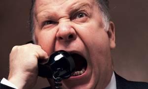 Απίστευτο και όμως ελληνικό: Τηλεφωνικό… bullying από την εφορία σε 83.000 φορολογούμενους!
