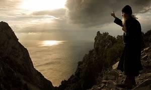 ΣΥΓΚΛΟΝΙΣΤΙΚΟ! Προφητείες Αγίου, που δεν εκδόθηκαν ποτέ, για την Εποχή μας