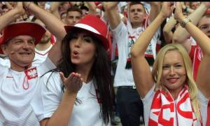 EURO 2016: Οι Πολωνέζες βγάζουν... μάτια στα γήπεδα της Γαλλίας