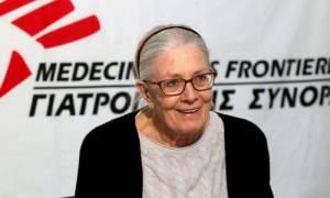 Βανέσα Ρεντγκρέιβ - «Ραγίζει» η φωνή της όταν ζητά να μην ξεχάσουμε τους πρόσφυγες (video)