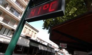 Καιρός: Ο πρώτος καύσωνας είναι εδώ - Πού θα «πιάσει» 40άρια το θερμόμετρο τις επόμενες ώρες