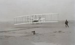 Σαν σήμερα το 1903 πραγματοποιείται από τους αδελφούς Ράιτ η πρώτη πτήση παγκοσμίως