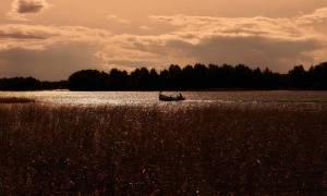 Τουλάχιστον 11 παιδιά κι ένας ενήλικας βρέθηκαν πνιγμένοι σε λίμνη στη Ρωσία (Vid)