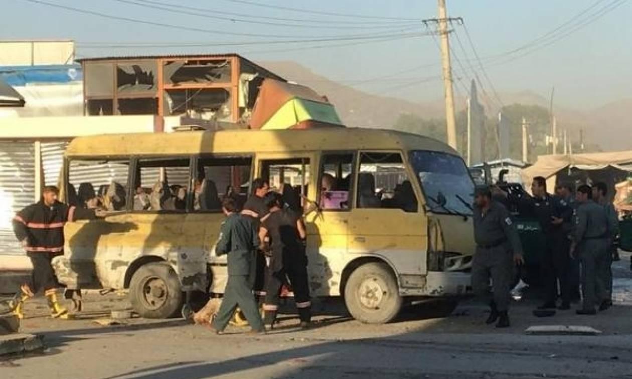 Αφγανιστάν: Έκρηξη σε λεωφορείο στη Καμπούλ με 14 νεκρούς