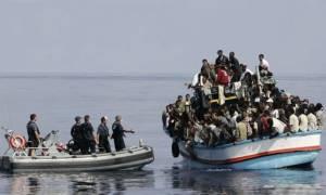 Κυκλάδες: Αίσιο τέλος στην περιπέτεια με ξύλινο σκάφος που μετέφερε 40 άτομα