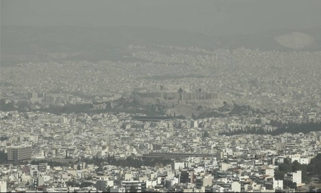 Έσπασε όλα τα «κοντέρ» το όζον - Αποπνικτική η ατμόσφαιρα στην Αθήνα