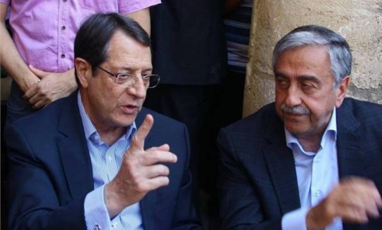 Κύπρος: Αναβλήθηκε λόγω της πυρκαγιάς η συνάντηση Αναστασιάδη - Ακιντζί