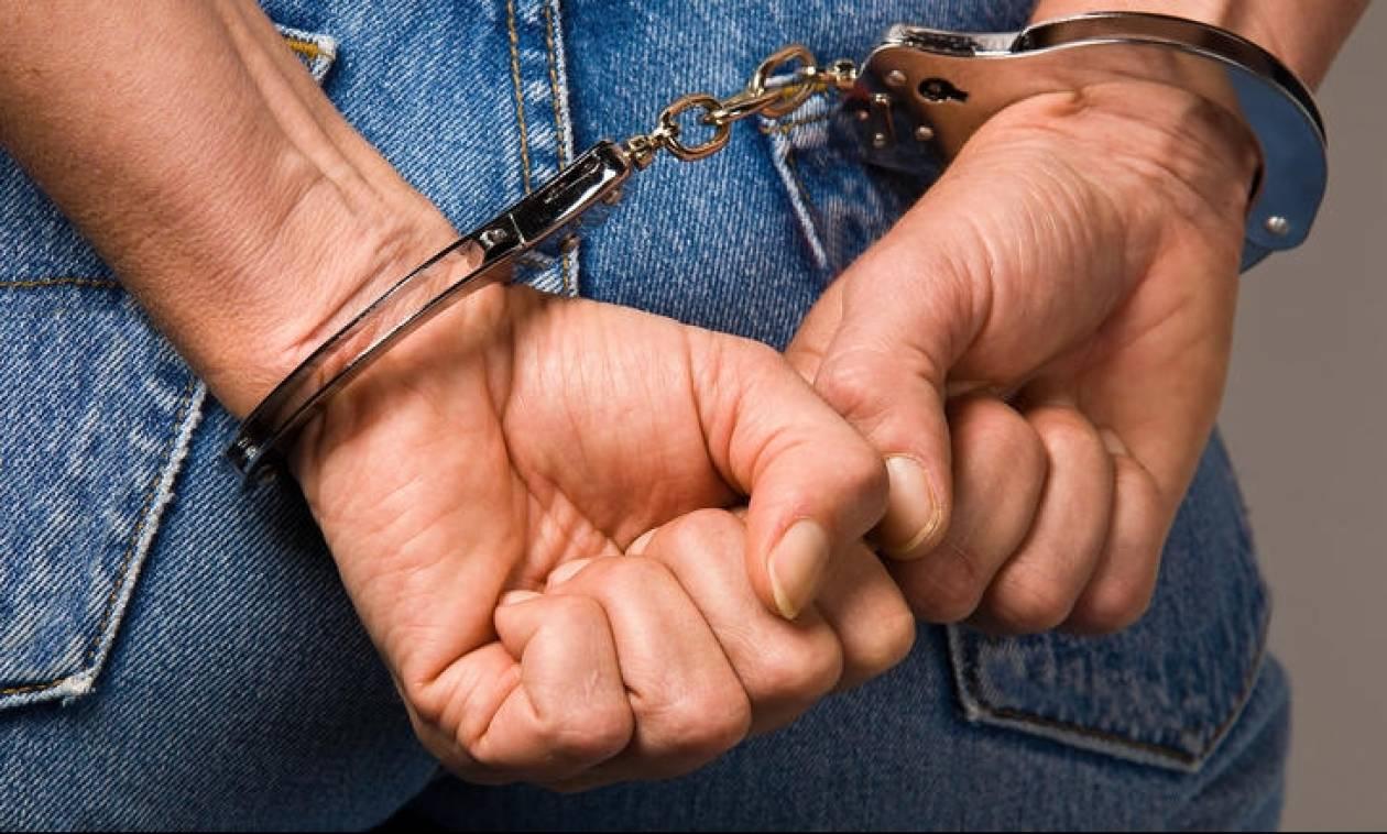 Πατήσια: Στα χέρια της αστυνομίας 46χρονος που κατείχε αρχαία αντικείμενα