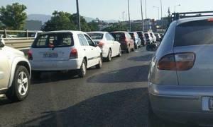 Κυκλοφοριακό «έμφραγμα» στους δρόμους της Αθήνας - Ποια σημεία να αποφύγετε