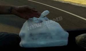 Φωτιά – Κύπρος: Δείτε τι έγραψαν στις σακούλες οι πολίτες για τους εθελοντές (photo)