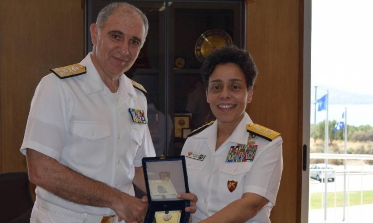 Επίσκεψη Διοικητού ναυτικών Δυνάμεων Ευρώπης και Αφρικής στο Ναύσταθμο Κρήτης (pics)