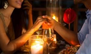 Τι πρέπει να φάτε πριν από το πρώτο ραντεβού