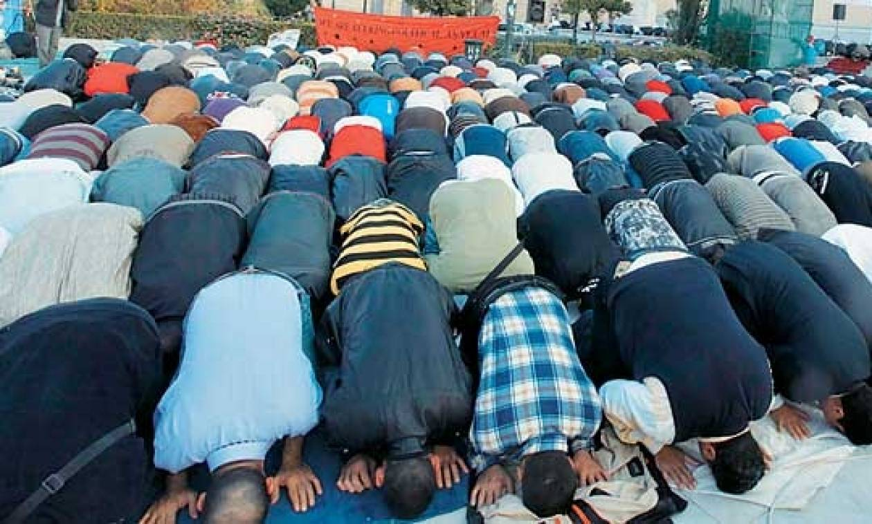 «Λειτουργεί το τούρκικο τζαμί στα Σκόπια»