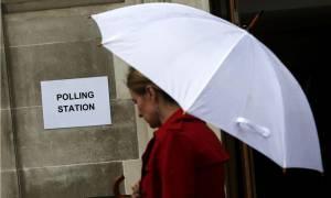 Brexit - Δημοψήφισμα: «Στο κόκκινο» η αγωνία - Τι δείχνει η τελευταία δημοσκόπηση