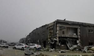 Κίνα: Συγκλονιστικά βίντεο από τον τυφώνα που σκότωσε 78 άτομα – Εκατοντάδες τραυματίες (photos)