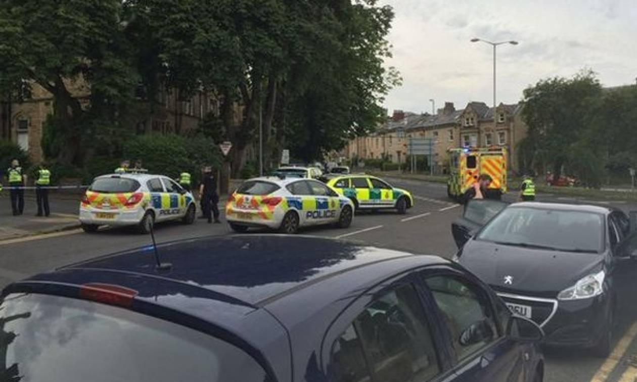 Μαχαίρωσαν άνδρα έξω από εκλογικό κέντρο στη Βρετανία