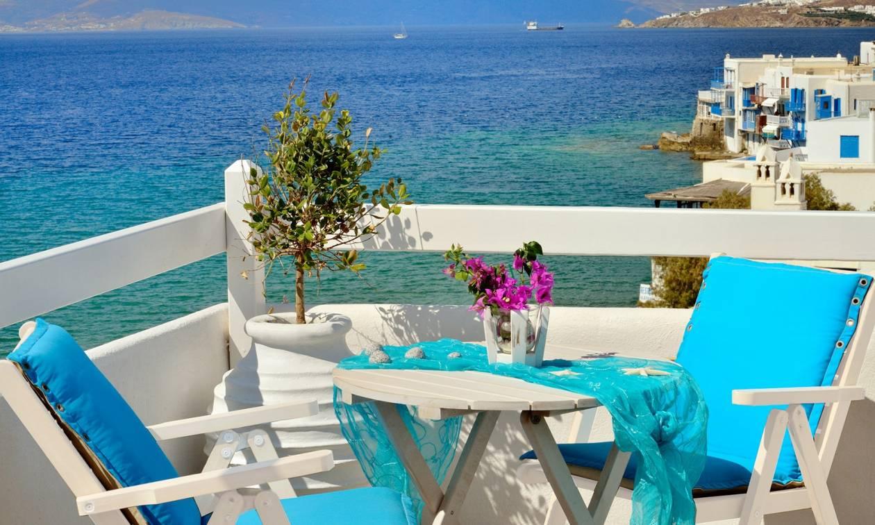 Χιλιάδες Ομογενείς αγόρασαν εξοχικά σπίτια στην Ελλάδα
