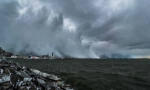 Lake Effect: Το καιρικό φαινόμενο που θα σαρώσει τη χώρα μετά τον καύσωνα (video)