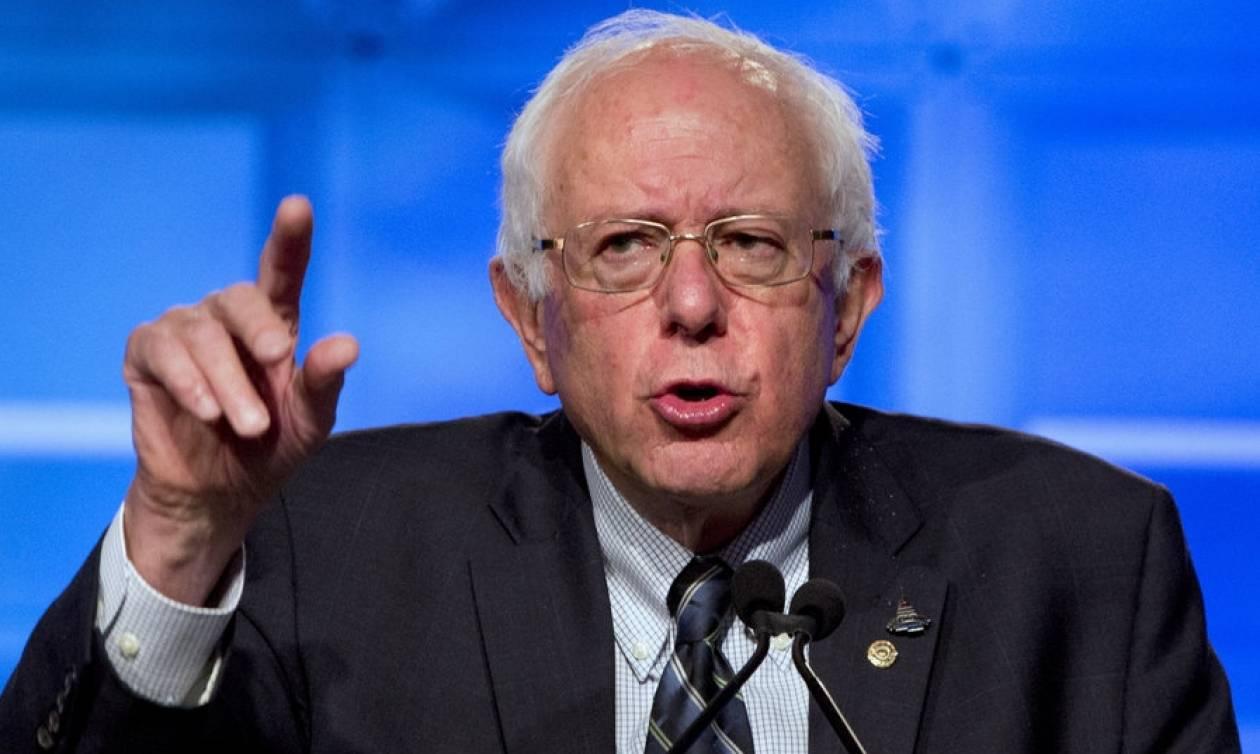 ΗΠΑ: Ο Μπέρνι Σάντερς δήλωσε πως θα ψηφίσει την Χίλαρι Κλίντον