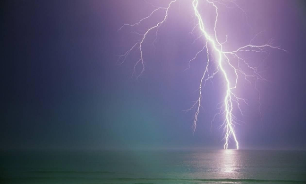 Ραγδαία επιδείνωση του καιρού: Έρχονται βροχές καταιγίδες και χαλάζι