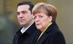Brexit: Δεμένος στο άρμα της Γερμανίας ο Τσίπρας
