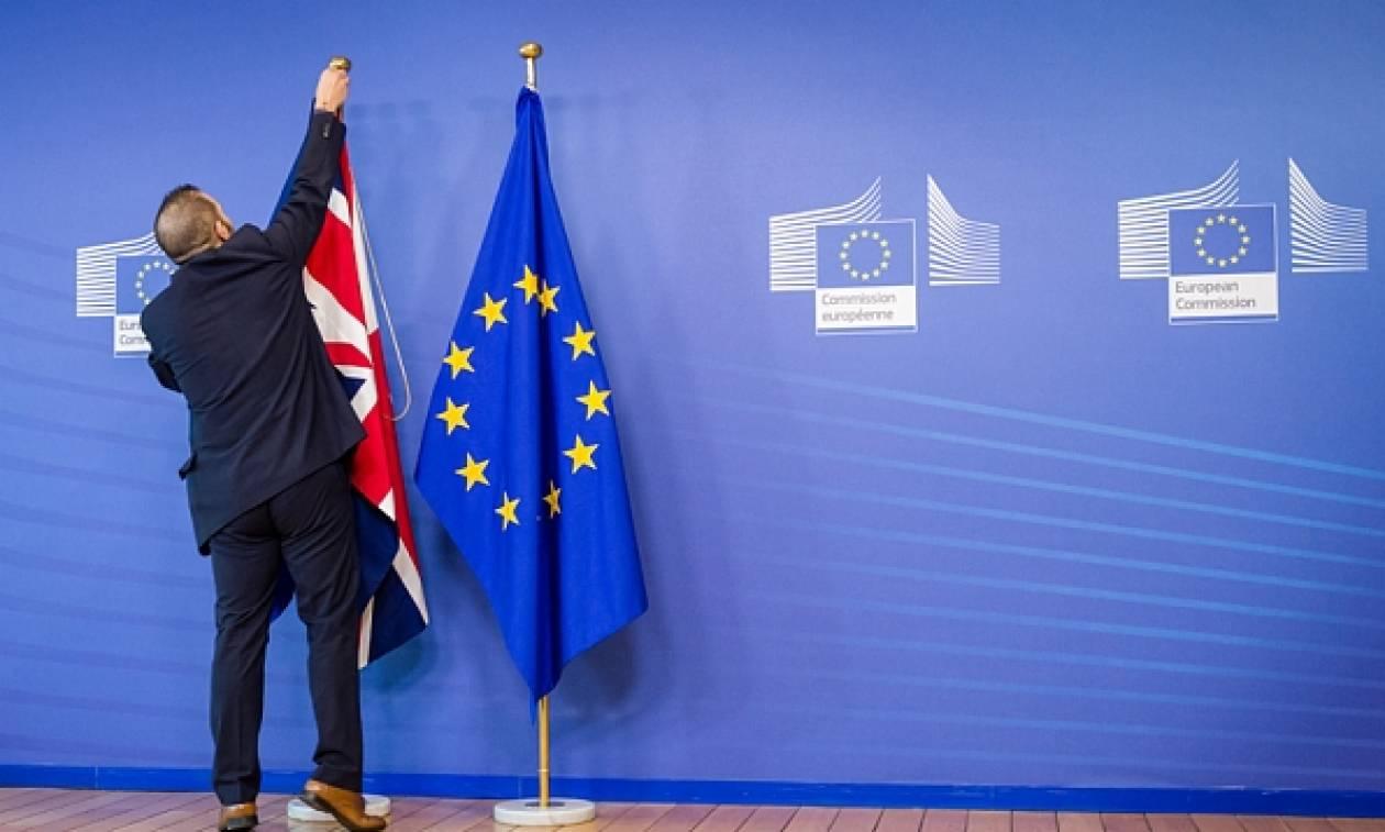 Brexit: Δείτε πόσα τρις «παίχτηκαν» σε 24 ώρες για να βγει η Βρετανία απο την Ε.Ε