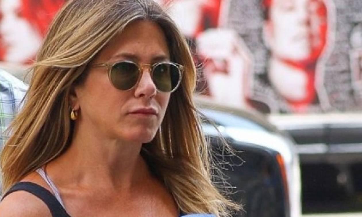 Μα τι κορμί είναι αυτό: Δείτε την Jennifer Aniston με αθλητικό κολάν!
