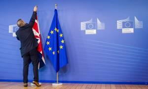 Βρυξέλλες προς Μ. Βρετανία: «Brexit και... γρήγορα»