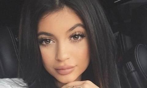 Η σέξι φωτογραφία της Kylie Jenner, που μας έβαλε σε σκέψεις
