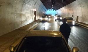 Lake Effect - Τρίπολη: Εγκλωβίστηκαν αυτοκίνητα σε σήραγγα λόγω χαλαζόπτωσης (pics)